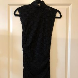 Fitted stretchy lace dress